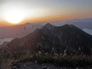 Sonnenaufgang am Herzogstand (Foto: Christina Huber)