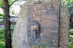 Der Gedenkstein erinnert an den Aufenthalt Richard Wagners am Hochkopf im August 1865