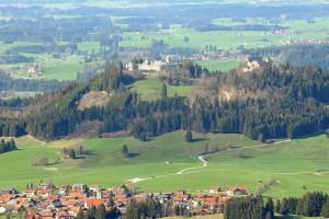 Die benachbarten Burgruinen Eisenberg und Hohenfreyberg (Foto: H.K.)